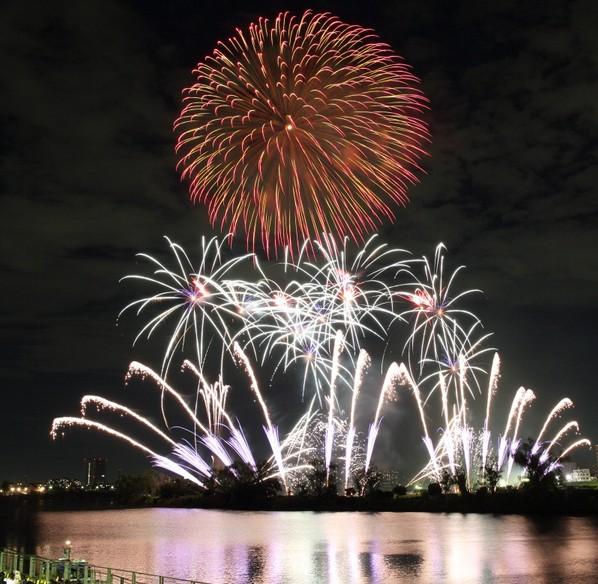 大田区花火大会は毎年8月15日の開催です!
