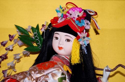 ひな祭りの知りたいルールと市松人形がこわい?