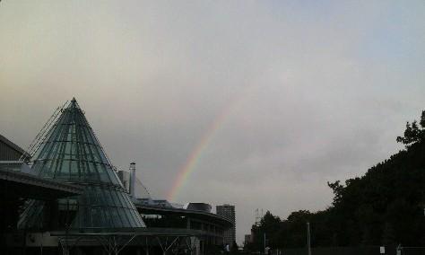 北海きたえーる(札幌)と虹